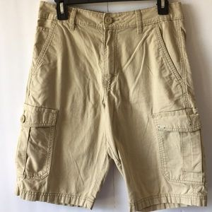 VANS MEN SHORT SZ 28 TAN COLOR